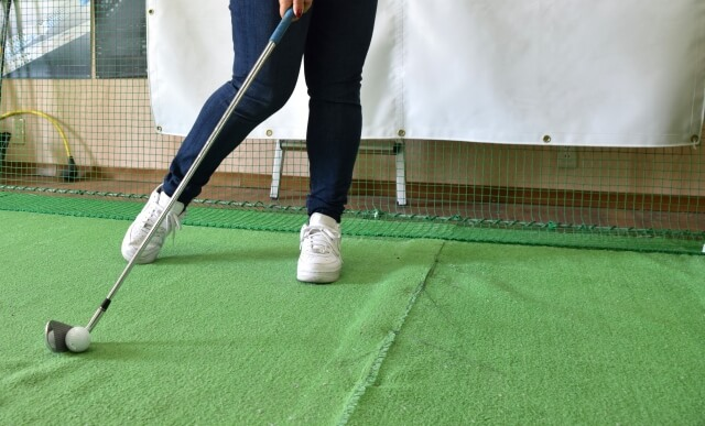 ゴルフセンターで練習