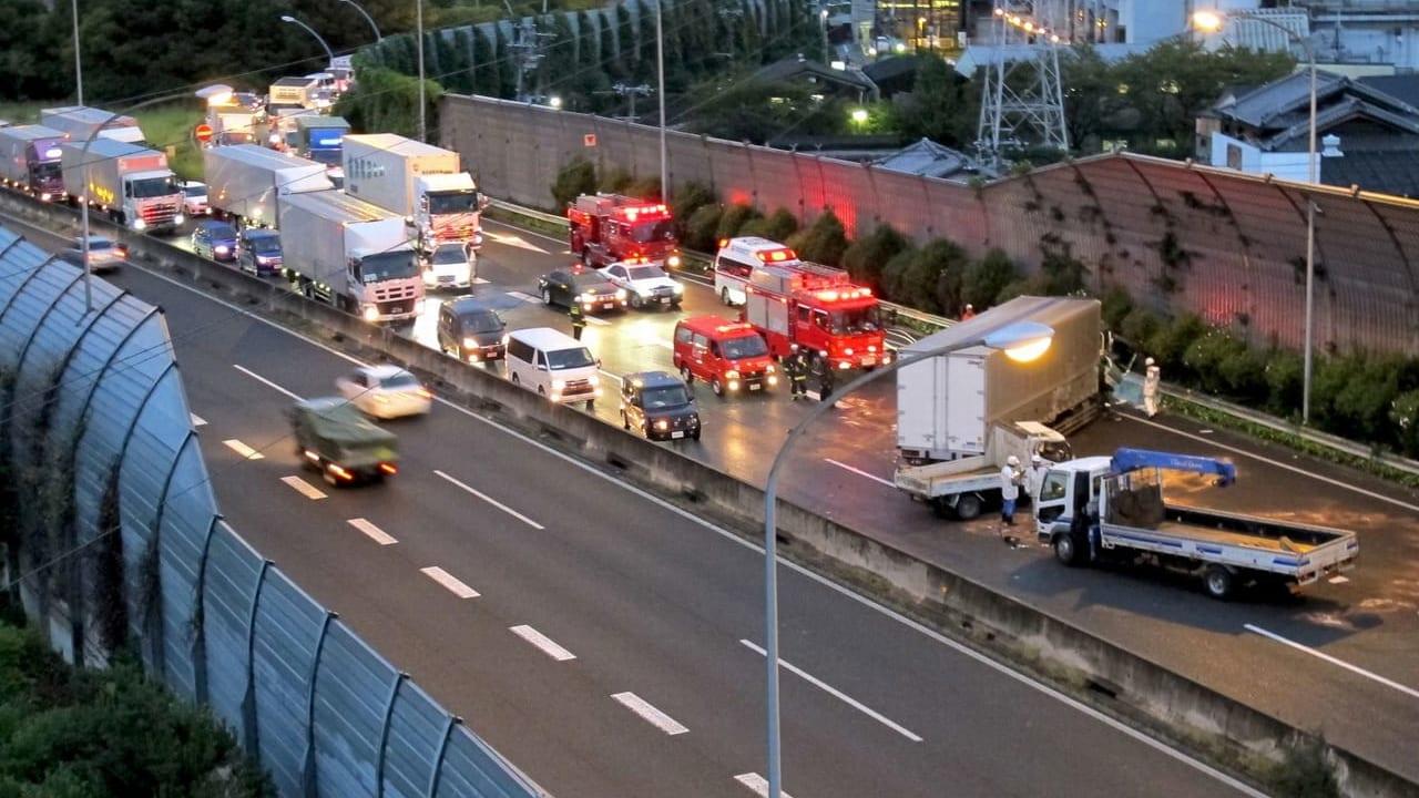 【加古川市】乗用車4台の多重事故、7名が搬送、2019年6月8日(土)加古川バイパスで交通事故が発生した模様です